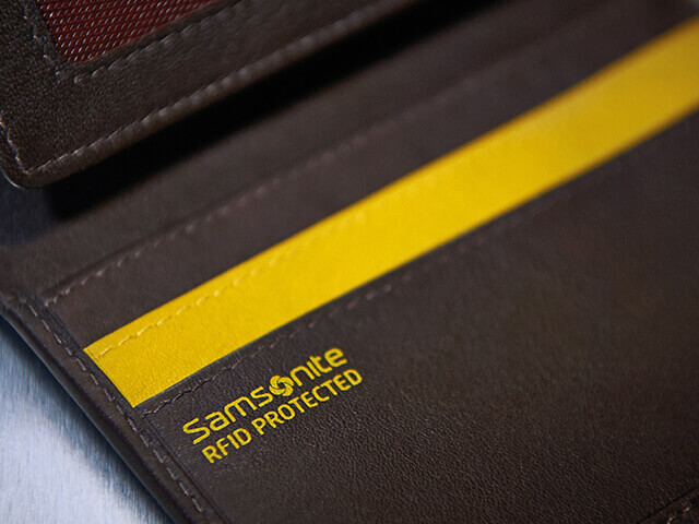 Secure your credit cards with an RFID blocking wallet