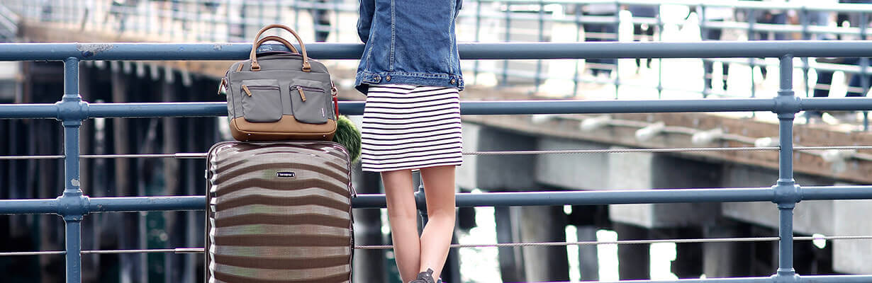 5 ways a hardside suitcase makes summer travel a breeze